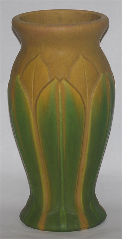 Value Of Roseville Pottery Vases by Roseville Pottery Early Velmoss Vase For Sale Antiques