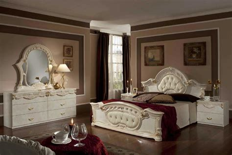 beige bedroom furniture vig furniture italian classic 5 piece bedroom set queen