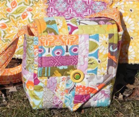 sewing pattern central the central park quilted camera bag free sewing tutorial