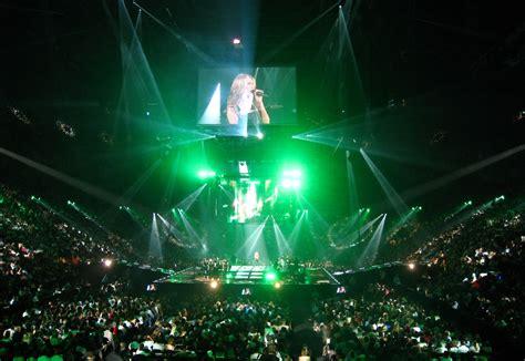 green light tours fichier dion concert laser lighting jpg wikip 233 dia