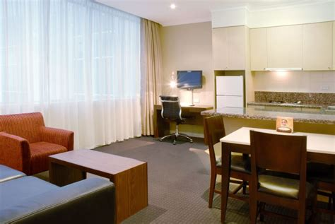 2 bedroom suite melbourne 1 bedroom hotel at clarion suites gateway 1 bedroom one