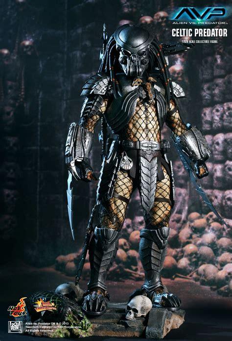 hot toys predator celtic predator 2004 s alien vs predator avpgalaxy