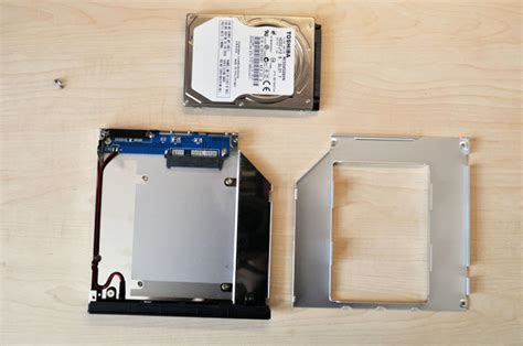Sb Sabit notebook optik s 252 r 252 c 252 s 252 yerine tak箟lan ek disk kutusu