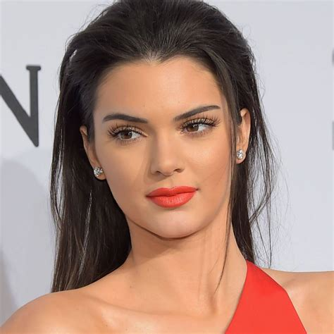 biography about kendall jenner kendall jenner biography model profile