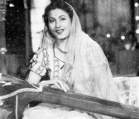 bollywood heroine madhubala madhubala madhubala in 2019 bollywood indian