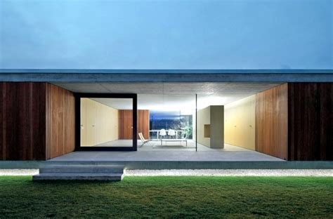 One Level Luxury House Plans by One Storey Flat Roof Of Minimalist Concrete And Wood