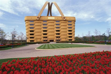 basket building longaberger home office world s biggest basket