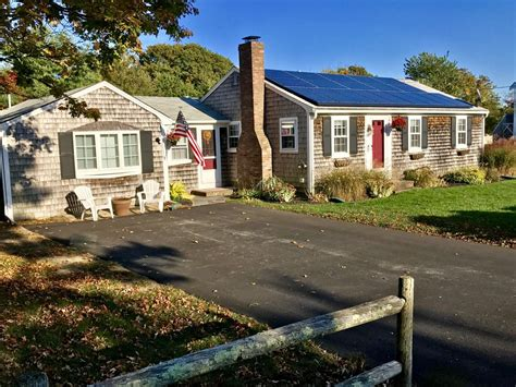 4 bedroom 2 bath home w central air conditioning near the gated yard west yarmouth