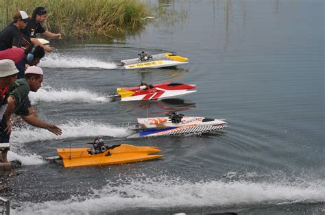 toy boat racing videos zee photography radio controlled rc boat race 2010 rc