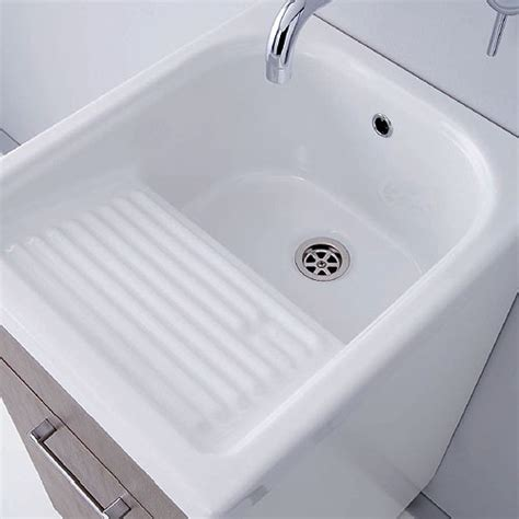 telecamera nascosta nei bagni gullov telecamera nascosta nei bagni delle donne