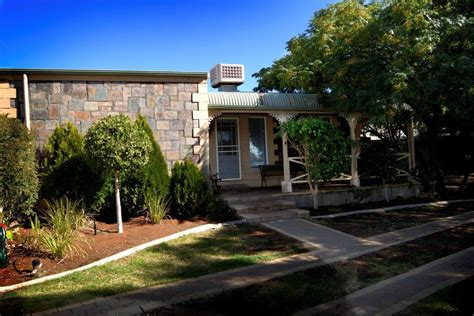 Silver Cottages by Broken Hill Heritage Cottages Broken Hill Accommodation