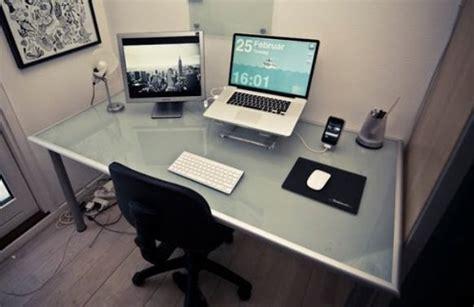 Comment bien organiser son bureau ?   Trucs&Astuces.
