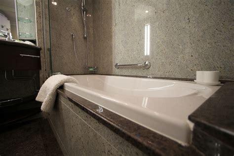 bathroom polo meaning плитка из натурального камня фото