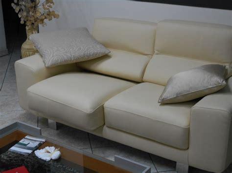 divani e divani klaus coppia divani in pelle beige con sedute allungabili klaus