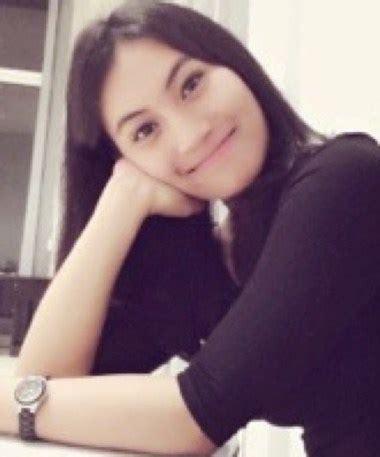 Putri Ayu Jamu Serbuk kartika ayu prawitasari putri cantik gubernur jawa timur soekarwo bingkai berita