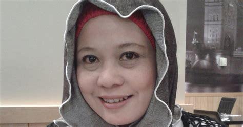 Pencuci Muka Estee Lauder hobi koleksiku produk penjagaan muka yang shahriah