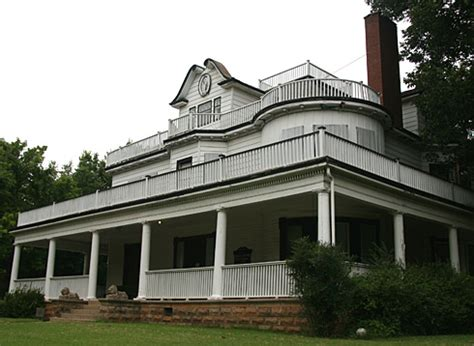 haunted houses in oklahoma quot guthrie haunted house stone lion inn hauntedhouses com quot