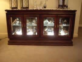 broyhill illuminated cabinet cheapest way to ship a broyhill illuminated display