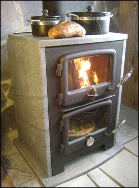 Indoor Pizza Oven Fireplace by Best Wood Burning Oven Ideas On