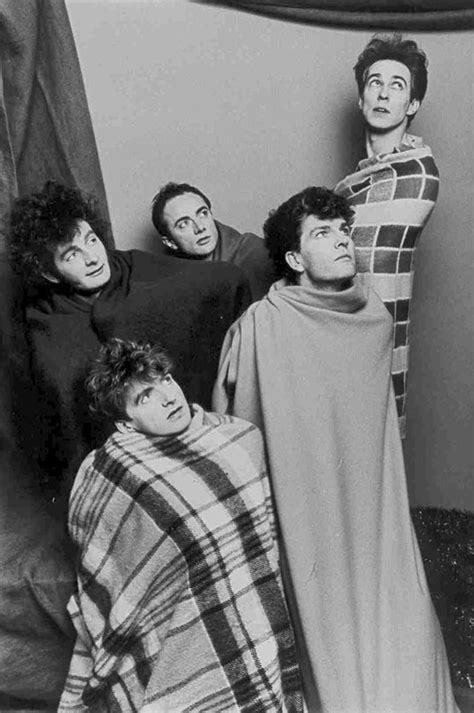 crowded house music 13 best split enz images on pinterest crowded house music and music videos