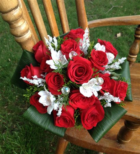 fiori traditional picture of adorable wedding bouquets traditional