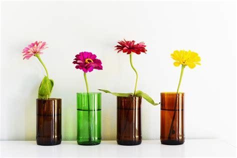 fiori con bottiglie originali vasi per i fiori realizzati con bottiglie di