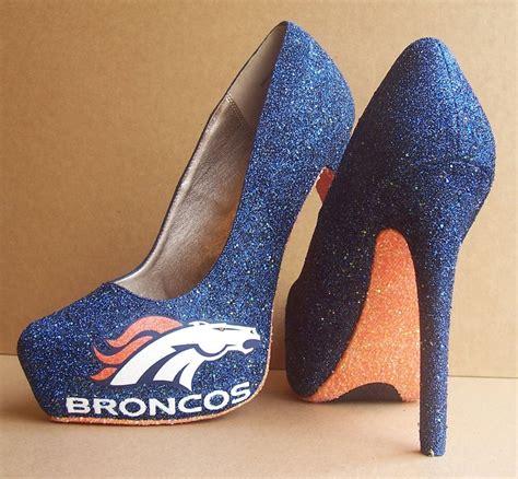 denver broncos high heels bronco heels loooovvveee just awesome