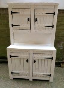 Kitchen Hutch Furniture by Pallet Kitchen Cabinets Hutch 99 Pallets