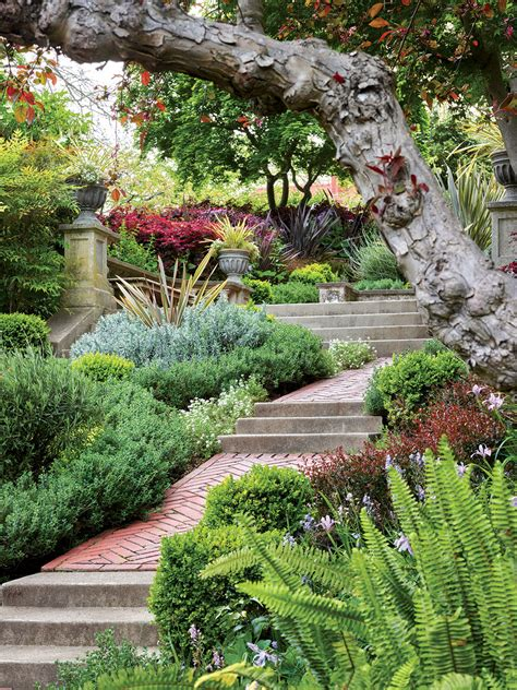 Three Dreamy California Gardens Flower Magazine Flower Gardens In California