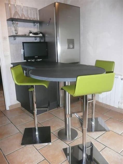 Plan De Travail Rond 2753 by Ilot Cuisine Rond Cuisine Design Jaune Avec Lot Et
