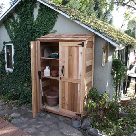 wood small garden shed 2 x 4 weekend woodworker