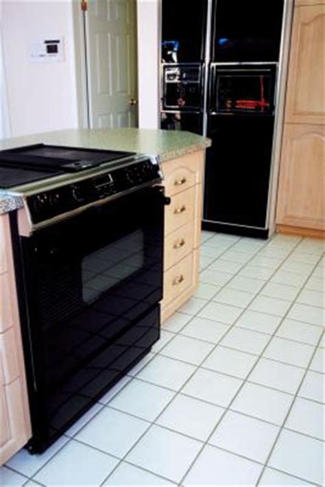 how to prevent a stove from scratching a new laminate