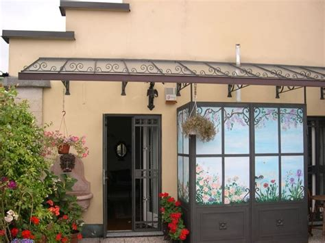 tettoie in ferro battuto per esterni pensiline in ferro battuto pergole e tettoie da giardino