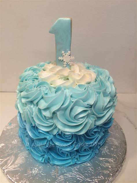 frozen theme smash cake bella gs sweet cakes   frozen birthday party frozen theme