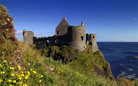 windows 7 desktop themes united kingdom ruins of dunluce castle antrim northern ireland uk