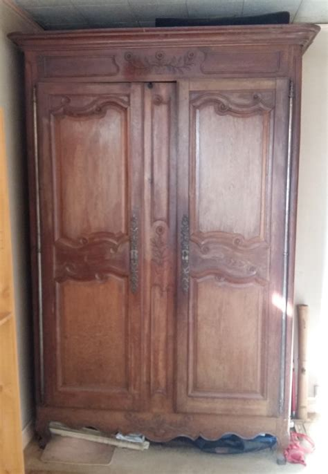 estimation mobiliers anciens armoire bretonne