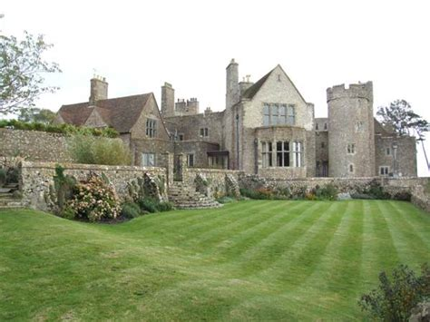 Cottage Castle by Pin By Myrtle Philbeck On Cottages