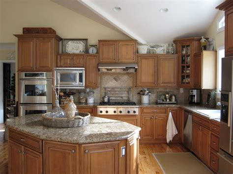 decorating above kitchen cabinets ideas ideas for decorating above kitchen cabinets retro kitchen