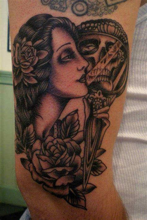 tattoo old school gitana 187 tatouage