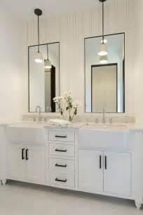 Shiplap Walls In Bathrooms Best 25 Shiplap Bathroom Ideas On