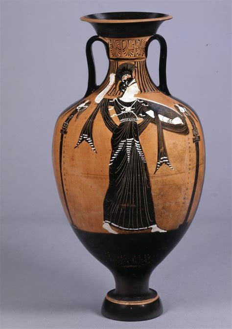 athena vase pottery black figured panathenaic hora with the