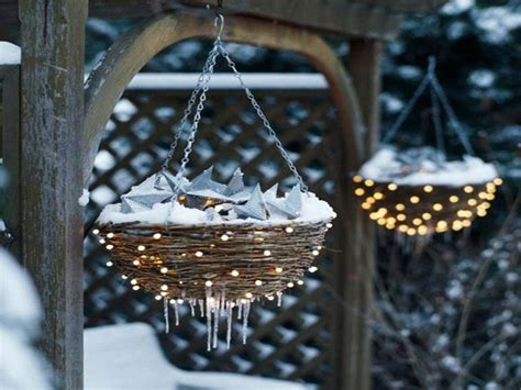 cheap and easy outdoor christmas decorations 50 cheap easy diy outdoor decorations prudent pincher