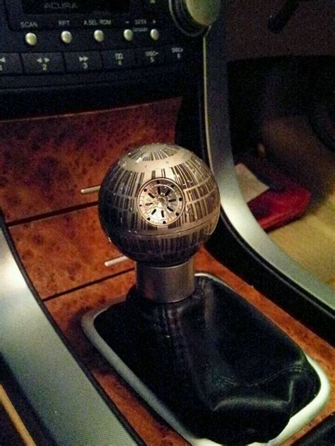 Lightsaber Shift Knob by That S No Moon It S A Gear Shift Geektyrant