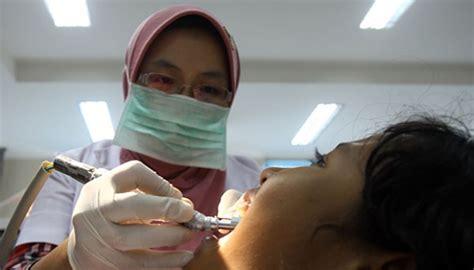 Tarif Pembersihan Karang Gigi jaminansosial sakit gigi berobat ke puskesmas cuma rp 10