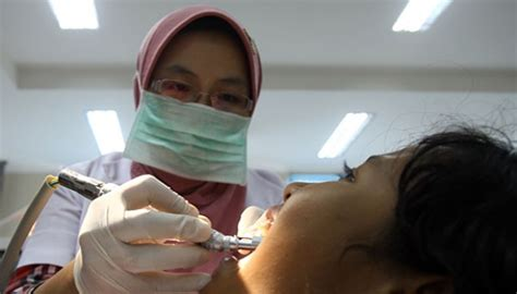 Biaya Pembersihan Karang Gigi Ke Dokter jaminansosial sakit gigi berobat ke puskesmas cuma rp 10