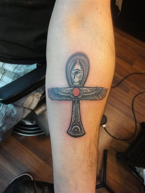 life symbol tattoo ankh symbol for eternal with ra symbol