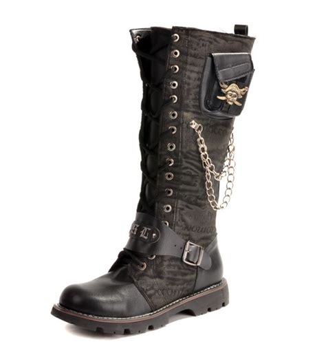 Hotpants Snow Destroy leather boots in snow coltford boots