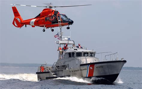 boat pictures helicopter helicopter and boat uscg wallpapers and images