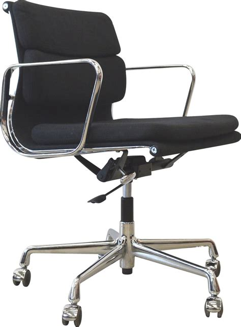 chaise du bureau chaise de bureau eames the vitra ea 108 aluminium chair