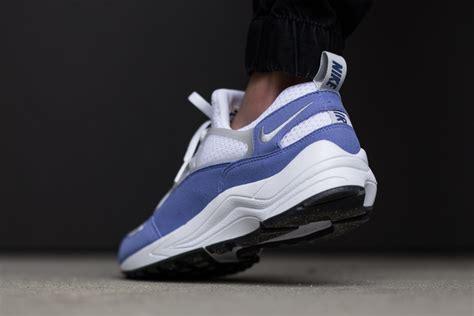 Lou X Sup X Nike Huarache Ultra White nike air huarache light varsity blue disponible